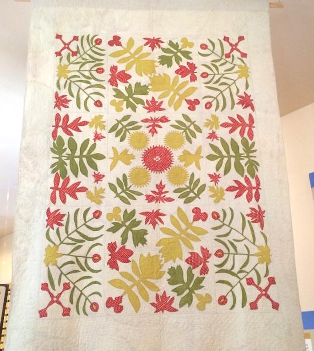 Antique Applique quilt