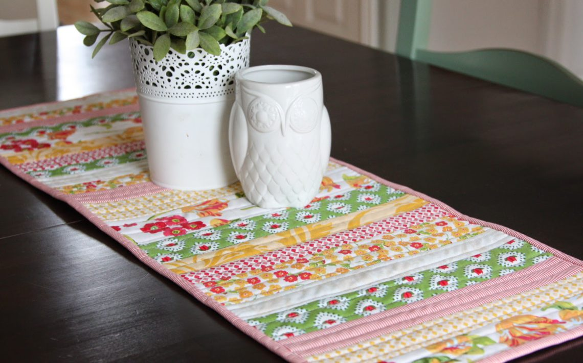 I Recently Took Down My Red Valentineu0027s Decorations Including My Red Table  Runner And Was In Need Of A New Spring Table Runner For My Kitchen Table  And ...